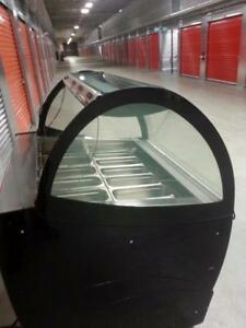4 FT GELATO DISPLAY FREEZER ( EXCELLENT CONDITION )