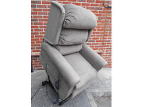 Electric rise and recline chair