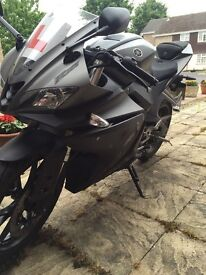 yamaha yzf r125 2015 spares or repars cat b with logbook,, no damage
