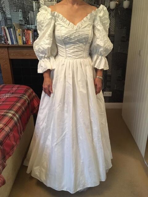 80s Wedding Dress.Vintage 80s Wedding Dress In Exmouth Devon Gumtree
