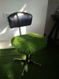 Super Comfy Retro Office Chair for Sale TODAY ONLY