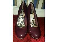 Purple high heels size 7