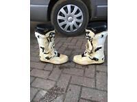 Motocross boots alpinestars