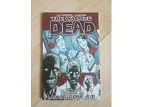 Walking Dead graphic novels 1-5