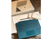 Microsoft Surface Pro 4 i5-6300U 2.4-3.0GHz 128GB SSD 4GB RAM & KEYBOARD & PEN