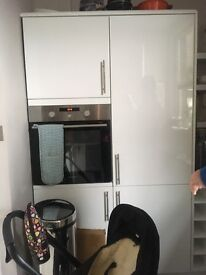 White Modern Fitted Kitchen Units for Sale in Clapham