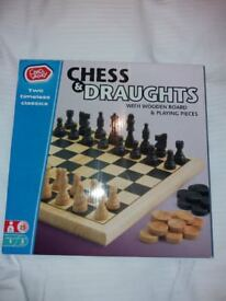 Chess & Draughts Set (Chad Valley)