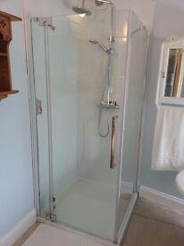 Shower enclosure door + side panel