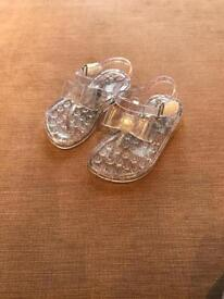 Jelly sandals toddler size6