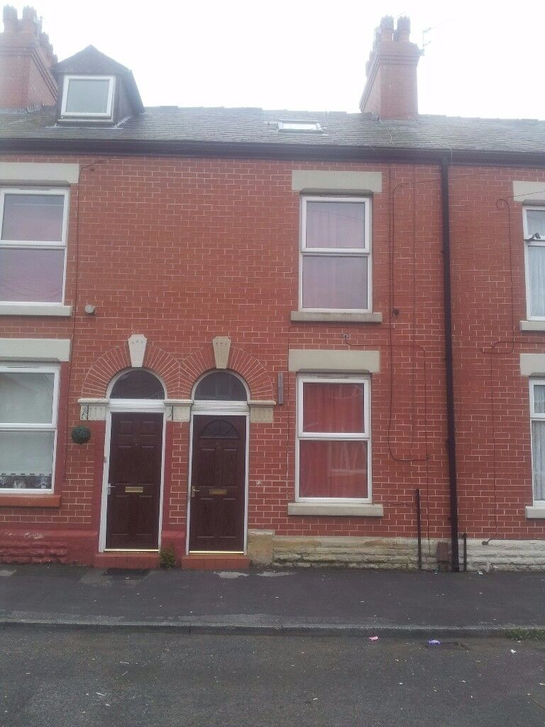 Groovy 2 3 Bed House To Rent In Ashton Under Lyne Manchester Gumtree Download Free Architecture Designs Embacsunscenecom