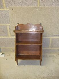 Small Edwardian shelf unit