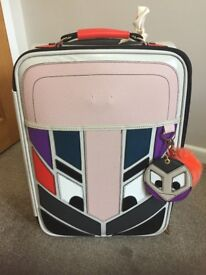 ADORABLE DELUXE LUGGAGE TRAVEL CASE WITH NOVELTY FACE - EXCELLENT CONDITION