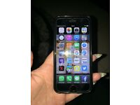 iPhone 6 silver 16gb in ex condition with box and charger on o2