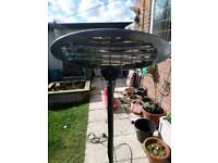 Patio garden heater electric Great condition, garden bbq will fit in car van house
