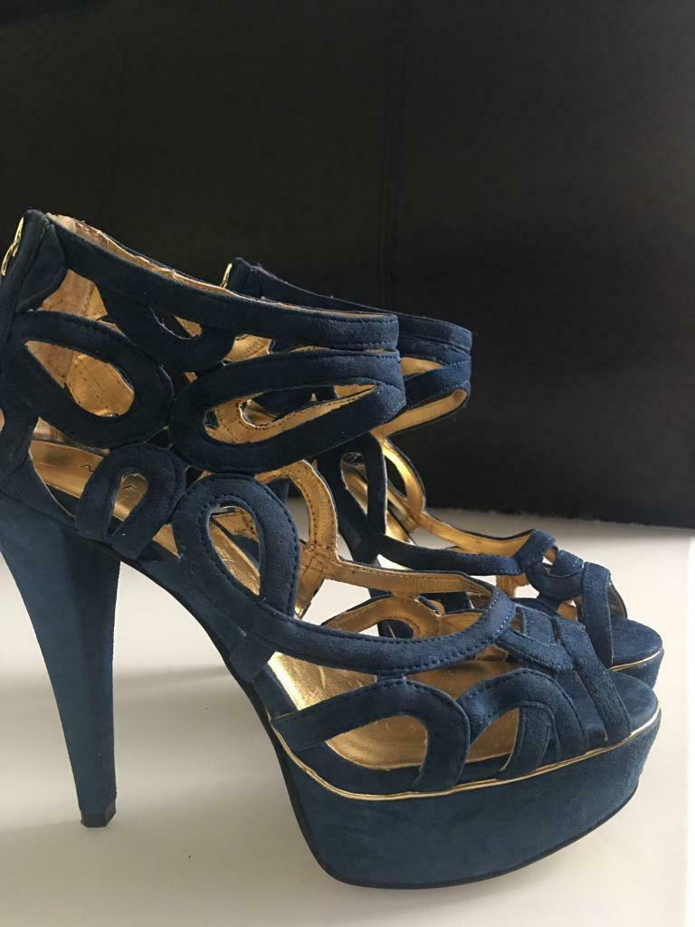 9b51683f7203 NEW...Nine West royal blue suede shoes  UK 4