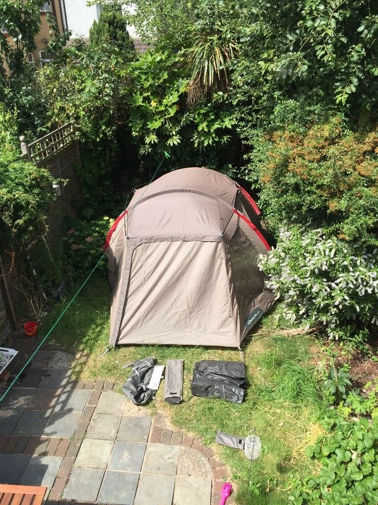 Spacious Quechua Tent T4 XL excellent condition / super easy to put up &  down | in Walthamstow, London | Gumtree