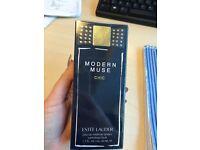 Estee Lauder Modern Muse Chic 50ml