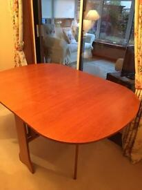 Folding gate leg table £25 Ono
