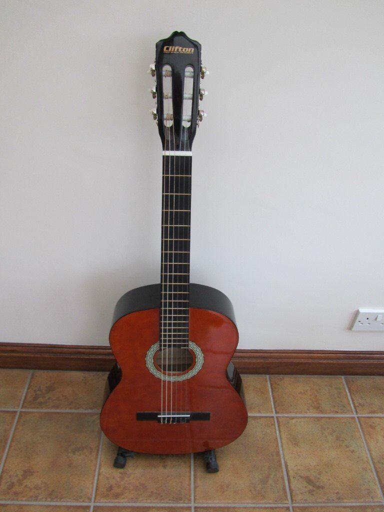 Guitar - excellent condition