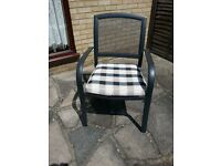2 Lightweight Garden Chairs with Cushions