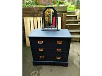 Chest of drawers/dressing table with mirror