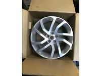 LAND ROVER DISCOVERY RANGE ROVER 20 INCH 5 STUD GENUINE SPARE ALLOY WHEEL