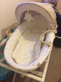 Moses basket and stand with star pattern and quilt excellent condition