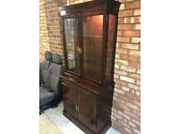 DISPLAY CABINET STORAGE WITH LOCKABLE DOORS & STORAGE DRAWER / WORKING INTERIOR LIGHT **CAN DELIVER