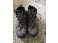 Hiking boots Size 9.5