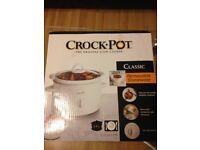 Barely Used 2.4L Classic Crockpot