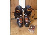 Unisex ski boots size 6-7