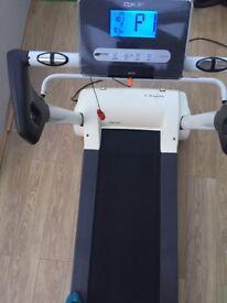 Reebok I run folding treadmill good condition