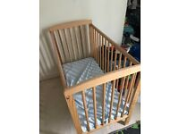 Kinder Valley Compact Cot - £12