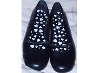 Dorothy Perkins black mary jane shoes size 7 (other items) gone pending