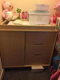 Baby Changing Unit KUB *****REDUCED TO £55*****