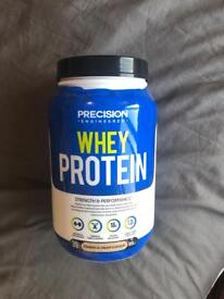 Precision Whey Protein cookie cream