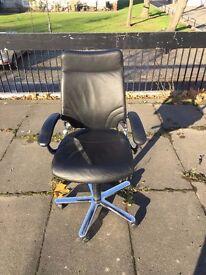 Girsberger Black Leather Swivel Office Chair