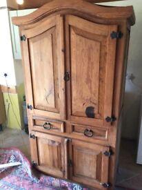 Kitchen dresser style