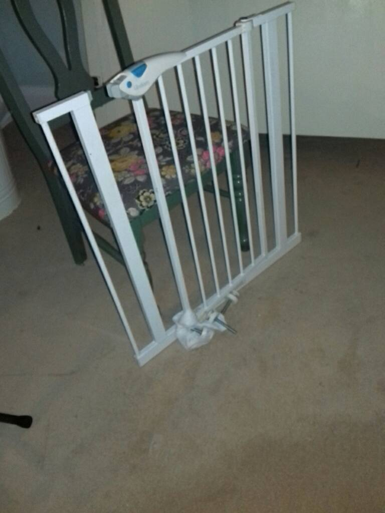 Stair gait/ child gate. Lindam