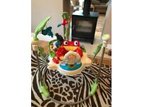 Fisher Price K6070 Jumperoo Rainforest, like new with box £50