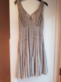RRp. 95.00 Ladies beautiful dress brand new never worn .