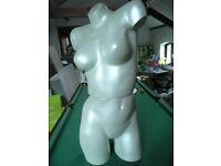 MANNEQUIN IDEAL FOR LINGERIE DISPLAYS