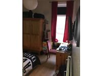 Double bedroom in Tollcross area