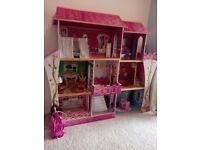 Large three story dolls barbie house