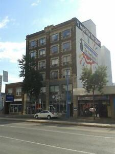 206 2nd Avenue North - bachelor and one bedroom suites available