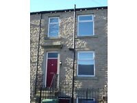 Semi Detached House - Large Property, 10 Min Walk To University - Bentley Street, Lockwood, HD1