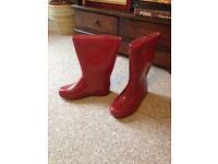 Mountain Warehouse ladies boots SIZE 4