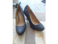 For Sale - Core Size 6 Ladies High Heels Brand New