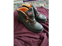 ASTRA SAFETY BOOTS BRAND NEW SIZE 11 UK 46 EU