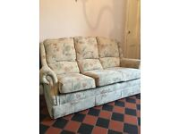 URGENT Immaculate 3 seater sofa and arm chairs